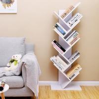 Estantería en forma de árbol para libros