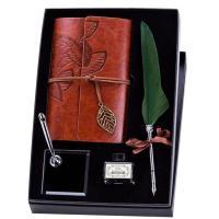 Set de escritura con pluma, cuaderno y soporte